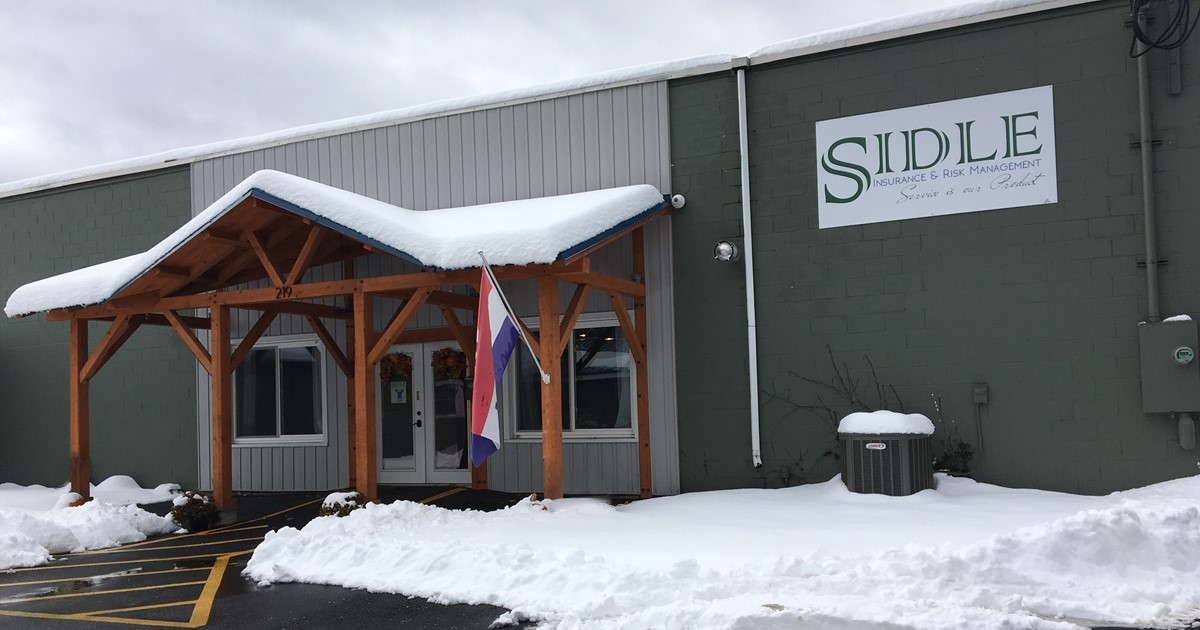 Photo of the Sidle Insurance office in the wintertime